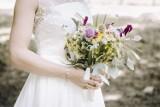 Tyle dostają pary młode na wesele w kopertach - kwoty. Mamy przykłady