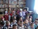 Przedszkolaki z Kowalewa w Bibliotece Publicznej