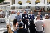 Marszałek Województwa Dolnośląskiego Cezary Przybylski otworzył wystawę w Legnicy