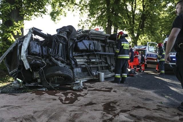 Tragiczny wypadek karetki wydarzył się na trasie między Kijami, a Sulechowem.