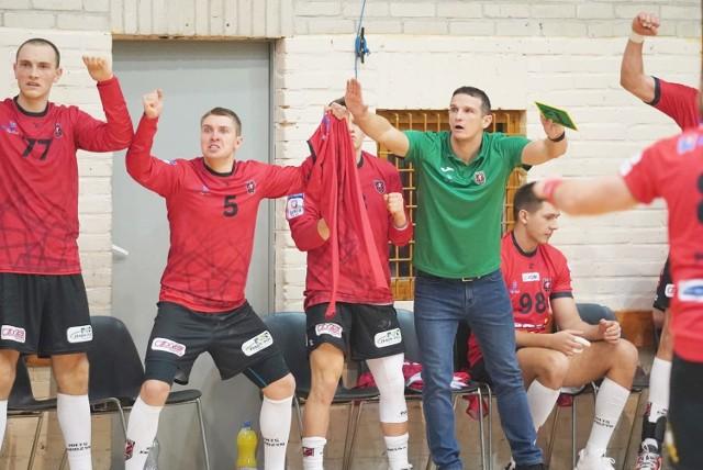 Po porażce w Szczecinie szczypiorniści MMTS zmierzą się na wyjeździe z Orlen Wisła Płock.