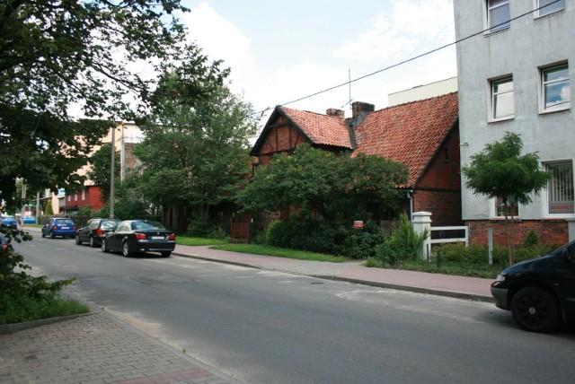 Tak jeszcze kilka lat temu wyglądał budynek przy ul. Wiązowej 18.