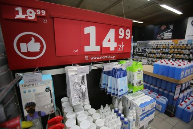 Sieć sklepów Norauto znika z Polski. Wyprzedaże nawet do minus 70 proc.  Zobacz kolejne zdjęcia. Przesuwaj zdjęcia w prawo - naciśnij strzałkę lub przycisk NASTĘPNE >>>