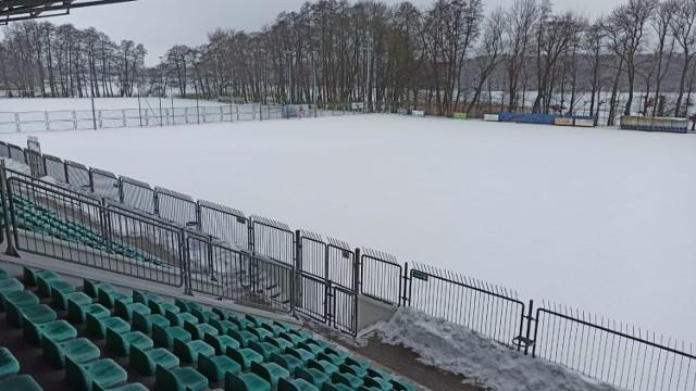 Tak w piątek (19 lutego) wygląda murawa stadionu w Szczecinku
