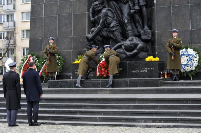 Powstanie w getcie warszawskim. Trwają obchody związane z 73. rocznicą wybuchu walk