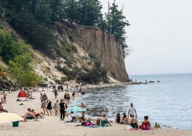 Jedna z największych atrakcji Gdyni, znana w całej Polsce. Unikatowy w skali kraju fragment wybrzeża Bałtyku.
