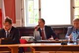 Absolutorium dla burmistrza Sławna podczas obrad Rady Miejskiej ZDJĘCIA