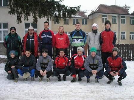 Juniorzy starsi Chojniczanki/Stencel ładowali akumulatory w Swornagaciach. Na zdjęciu brakuje kilku zawodników, którzy do kolegów dołączyli po studniówkach.