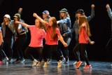 Międzynarodowy Dzień Tańca w Bełchatowie. Pokazy grup działających przy MCK [ZDJĘCIA, FILMY]