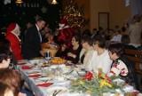 Gmina Gizałki. Do wigilijnego stołu zasiadało ponad 100 osób. Tak wyglądały świąteczne spotkania w poprzednich latach