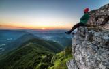 Nie mógł spać, spakował więc plecak i poszedł w góry. Tam zrobił cudowne zdjęcia
