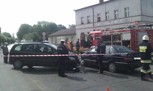 Dziś (10.07.)  kilka minut przed godziną 10.00 dyżurny chełmińskiej komendy otrzymał informację o zderzeniu się dwóch osobowych aut w centrum Lisewa.