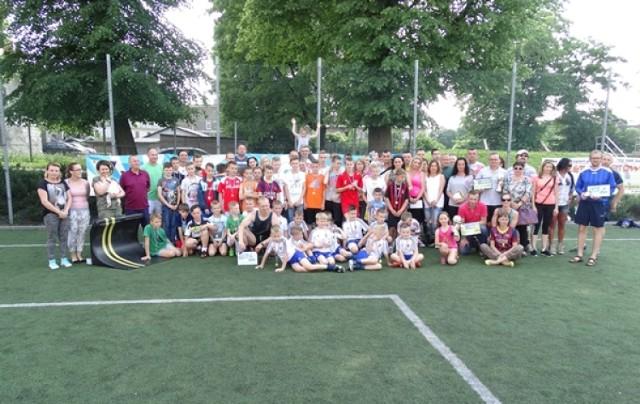Impreza rodzinna z okazji Dnia Dziecka na Orliku przy ul. Limanowskiego w Wałbrzychu