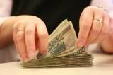 Radomsko. Powiat przeznacza pieniądze m. in. na podwyżki dla pracowników i na dotację dla strażaków