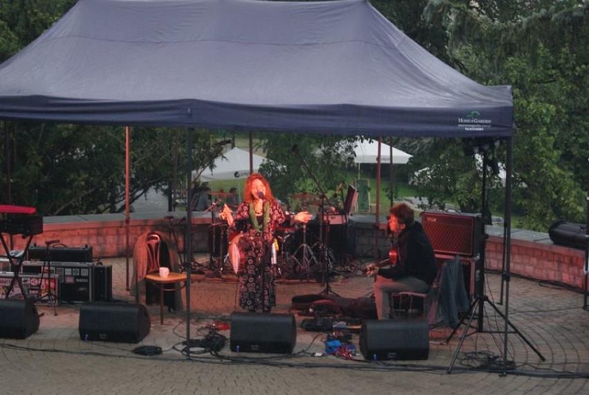 Muza w Muzeum - inauguracja projektu koncertów w amfiteatrze w ogrodzie Muzeum śremskiego
