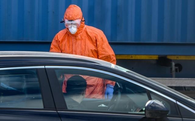 Ministerstwo Zdrowia poinformowało o 4.423 nowych zakażeniach koronawirusem.