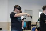 Zajęcia w wirtualnej rzeczywistości na Politechnice Rzeszowskiej! Tego jeszcze nie było. Taka forma zostanie na uczelni na dłużej?