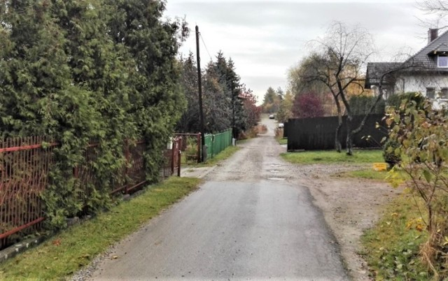 Tak dzisiaj wygląda ulica Leśna w Olkuszu. Tutaj zakres prac jest największy i potrwa do wiosny 2021 roku.