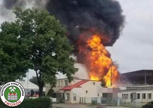 W piątek 16 lipca w Kaletach doszło do pożaru puszek na jednym ze składowisk. Pojemniki aluminiowe, które nie przeszły procesu rozszczelnienia zapaliły się i zaczęły wybuchać.