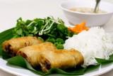 Âu Lạc - Oriental & Vegetarian Bar. Chrupiący ocean, tofu w panierce i wegańskie sajgonki. Prawdziwa uczta dla osób na diecie roślinnej