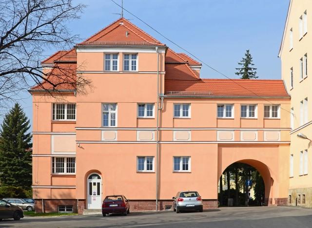 Budynek neurologii kłodzkiego szpitala