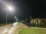Gmina Mieścisko. Latarnie uliczne oświetlają już osiedle domków jednorodzinnych w Popowie Kościelnym