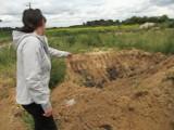 Składowisko kości na fermie w Sokołowicach. Sprawę bada detektyw Rutkowski