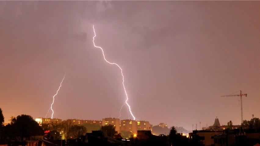 IMGW ostrzega. Nad Krakowem i całą Małopolską mogą przejść burze z gradem