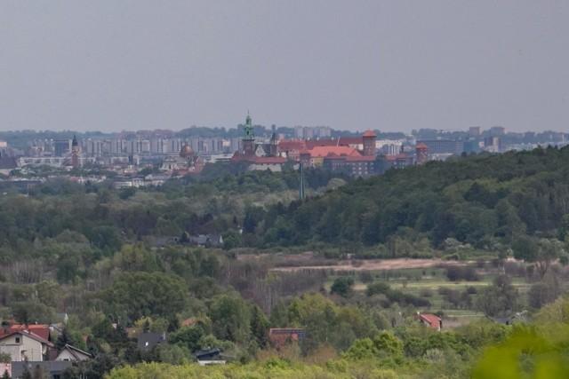 Radni z klubu Kraków dla Mieszkańców proponują, by więcej pieniędzy przeznaczyć na wykup terenów pod zieleń