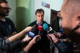 Prawomocny, precedensowy - w opinii prawników - wyrok dla klubu B90. Ewa Hronowska ma zapłacić grzywnę za niezgłaszanie imprez masowych