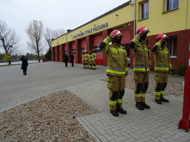 Apel międzychodzkich strażaków z okazji Narodowego Święta Niepodległości