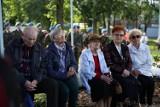 Dzień Sybiraka. Delegacje złożyły kwiaty pod pomnikiem Zesłańców Sybiru