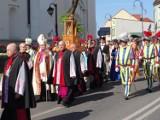 Radomsko: procesja z relikwiami św. Jadwigi oraz uroczysta msza na zakończenie Dni Rodziny 2019 [ZDJĘCIA, FILM]