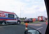 Bezpieczeństwo na drogach. Prostackie zachowanie na autostradzie: jedzie i mruga światłami wyprzedzającemu ciężarówkę!