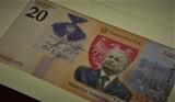 NBP jesienią wyemituje banknot kolekcjonerski z Lechem Kaczyńskim. Pojawi się też nowy banknot obiegowy 1000 zł z wizerunkiem kobiety