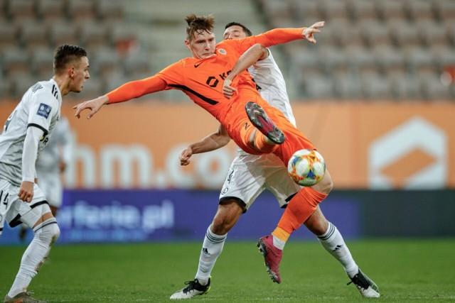 Brzeżanin w kolejnym sezonie będzie grał w barwach niemieckiego klubu dzięki transferowi o wartości 5 mln euro.