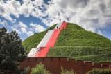 Biało-czerwony Kraków pięknie udekorowany na majowe święta