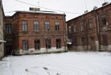Kamienica w centrum Skierniewic na sprzedaż i do wyburzenia. Co tam powstanie? [ZDJĘCIA]
