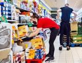 Nie jedz tych rzeczy. LIDL, Biedronka, Auchan wycofują z polskich sklepów toksyczną żywność