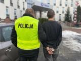 Policja z Częstochowy zatrzymała 22-letniego mężczyznę, który ukradł puszki WOŚP z 4 sklepów. Sprawcy grozi 10 lat więzienia
