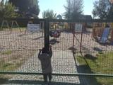 Plac zabaw koło Harcerskiej Górki w Nowej Soli był zamknięty. Co się stało? Rodzice małych dzieci mówią o innych zamkniętych placach