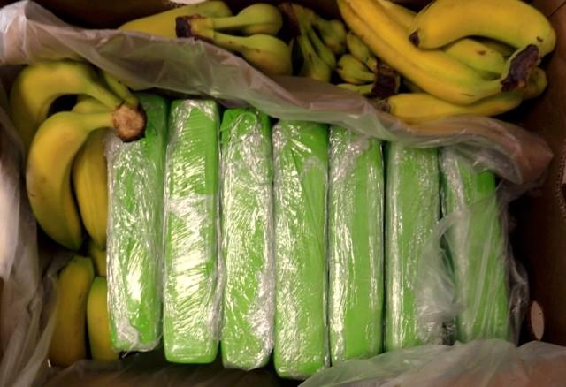 Paczki z kokainą zostały ukryte w pudełkach z bananami