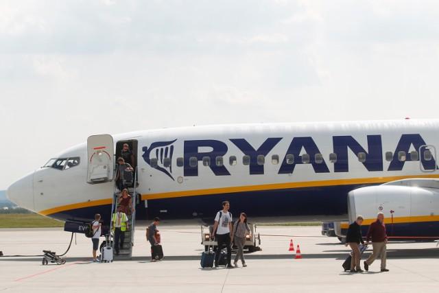 Ryanair: Na pokład wejdziecie tylko z laptopem