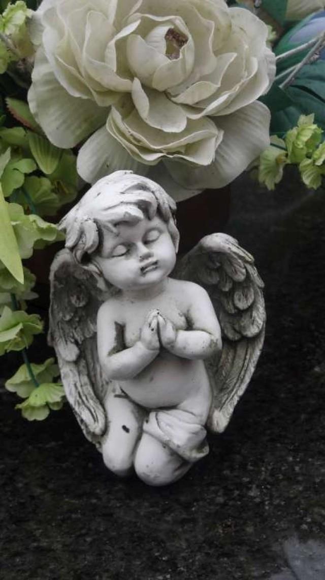 Wszystkich Świętych - pleszewskie anioły
