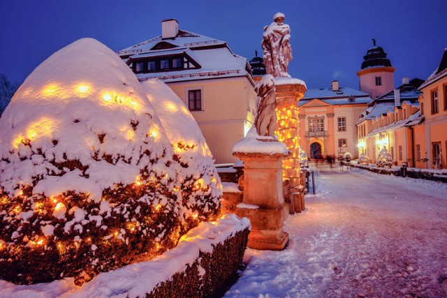 Zamek Książ w Wałbrzychu w zimowej odsłonie prezentuje się magicznie. Chcecie zobaczyć? Spieszcie się zanim stopi się śnieg