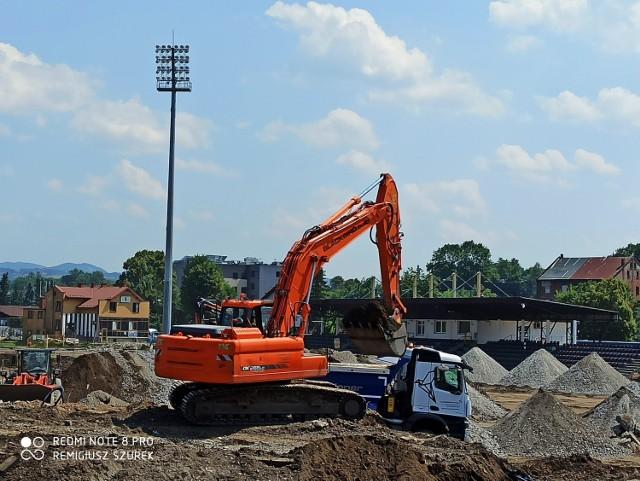 Stadion Sandecji jest obecnie jednym wielkim placem budowy