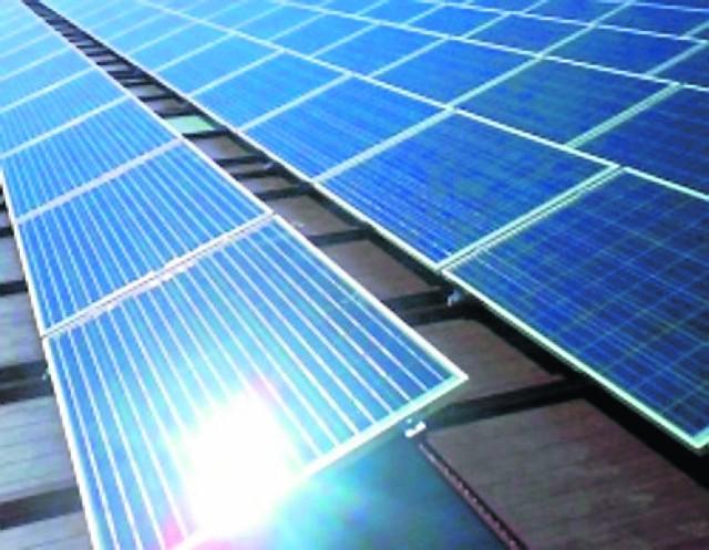 Musimy budować energooszczędnie, więc zarówno Narodowy Fundusz, jak i rynek kapitałowy oferują sporo  możliwości pozyskania finansowania na instalację rozwiązań z wykorzystaniem energii słonecznej