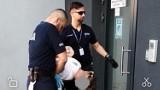 Napaść na dwie kobiety na tle seksualnym.18-latek usłyszał zarzuty. Trafił do aresztu