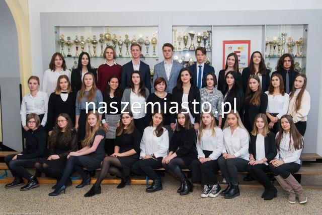 II Liceum Ogólnokształcące z Oddziałami Dwujęzycznymi im. Marii Konopnickiej  w Katowicach  Klasa IIIa