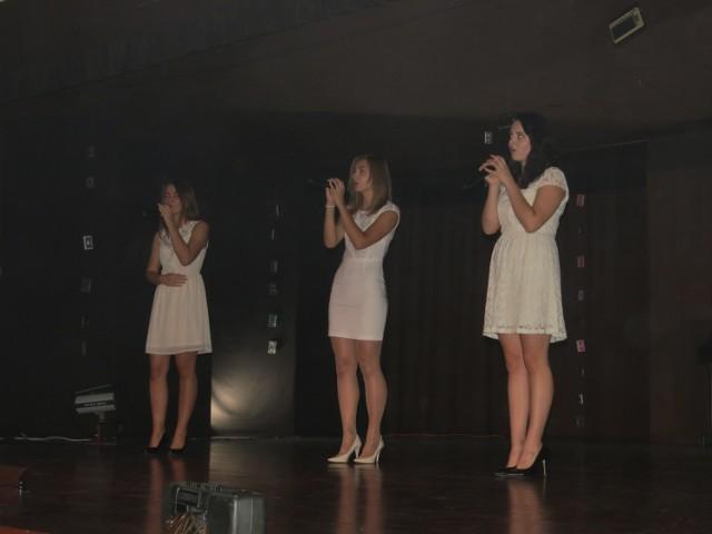 Zaśpiewali i zatańczyli dla koleżanki
